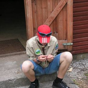 25.7.2005  15:32 / Jano ešte stále stavia stany...