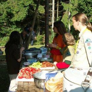 20.8.2005  8:11 / V kuchyni sa chystajú raňajkové hody