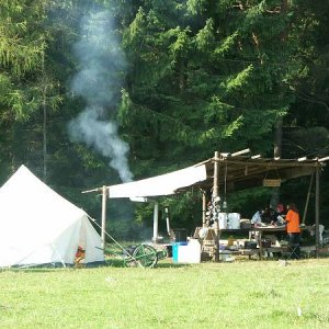 20.8.2005  8:16 / Na tábore sa zatiaľ varí
